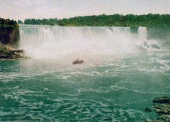 American Falls (sjrankin) Tags: newyork canada niagarafalls photo waterfall edited library niagara historic waterfalls libraryofcongress handcolored horseshoefalls americanfalls c1900 detroitpublishingcompany photochrome detroitphotographiccompany 21september2013 detroitphotographycompany
