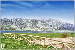 Il lago (LQuadro) Tags: lago monte prato montagna caserta staccionata letino vetta
