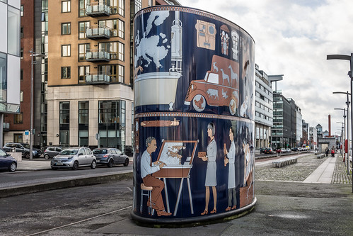 'GASWORK', a  4-metre high art installation on Dublin's Sir John Rogerson's Quay