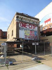 One City (Daquella manera) Tags: city one dc washington edificio ciudad movimiento alzas