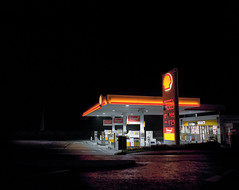 Shell, Basingstoke (Dan Parratt) Tags: mamiya film night mediumformat photography kodak garage shell gas gasstation uca iso 400 resolution petrol ruscha fuel farnham consumption petrolstation forecourt rz67 edruscha royaldutchshell mamiyarz67 finalmajorproject twentysixgasolinestations universityforthecreativearts 26gasstations 26gasolinestations twentysixgasstations