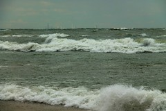 Waving at Chicago (RPahre) Tags: chicago illinois lakemichigan indianadunes indianadunesnationallakeshore waves wind skyline robertpahrephotography copyrighted donotusewithoutwrittenpermission donotusewithoutpermission