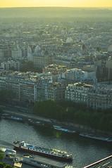 barquinho (Vitor Nisida) Tags: cidade paris france rio seine frana sena rive