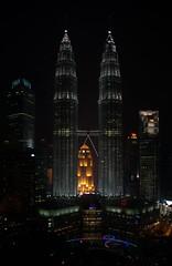 MBK_1893.NEF (DaKlub) Tags: night malaysia kualalumpur petronastowers skybar
