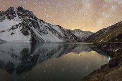 Embalse El Yeso (Fabro - Max) Tags: chile winter sky mountain snow stars amazing space nieve estrellas andes nocturna hielo galaxia cordillera embalse cajondelmaipo embalseelyeso