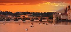 Crepuscule Prague (laurent 297) Tags: prague praha charlesbridge pontcharles