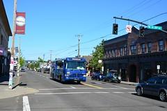 USA 2016  Portland OR  Bus on Hawthorne Boulevard (Michiel2005) Tags: bus hawthorneboulevard hawthorneblvd hawthorne yellowline portland or oregon usa unitedstatesofamerica verenigdestatenvanamerika verenigdestaten unitedstates