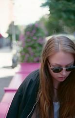 Mrta (Trixi Skywalker) Tags: expired film canon av1 50mm 18 stockholm sweden sverige fujifilm superia 200 girl