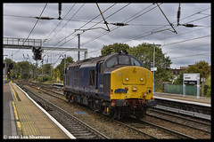 No 37422 19th Oct 2016 Ipswich (Ian Sharman 1963) Tags: no 37422 19th oct 2016 ipswich class 37 tractor station diesel engine railway rail railways train trains loco locomotive drs direct services norwich crewe