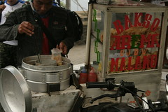Bakso (David_Brereton) Tags: canon canoneos400d canoneos mountbromo gunungbromo bakso streetphotography colour food
