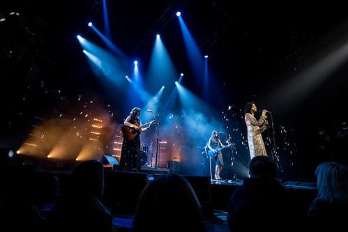 VMA-Show-271