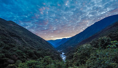 Two Worlds (Marvin Macke) Tags: peru machu picchu trekking salcantay