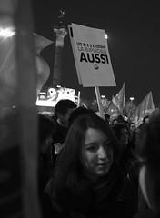 _DSF8998 (sergedignazio) Tags: france paris street photography photographie fuji xpro2 internationale lutte violences femmes