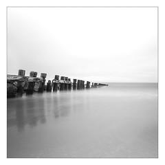 (Stephane Laborde) Tags: ocean quiet calme nb bw slox shutter speed nd filter