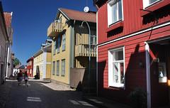 IMG_7942-1 (Andre56154) Tags: schweden sweden sverige haus gebude house building holzhaus stadt city strasse street town eksj himmel sky