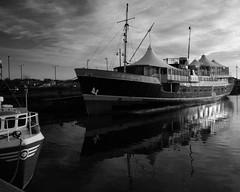 The Earl of Zetland (WISEBUYS21) Tags: earl zetland eastindiandock newcastleupontyne nyūkassuru nyukasl newcastle upon tyne aberdeen scotland shetland isles blackandwhite sea ocean north royal quays wisebuys21 tynemouth tynerivercruise pub restaurant reflections reflection mirror image boat boats ship ships ferry dfds seaways estuary ii isleofdogs party quayside rivertyne river porstside starboard tynemouthpriory