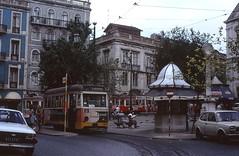 Lisboa 291 Largo Trindade Coelho 1990 (Guy Arab UF) Tags: portugal lisboa lisbon tram electricos 1950s type coelho trams largo tramway 291 trindade lightweight 4wheel caixotes