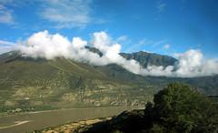 雅鲁藏布大峡谷 · 西藏