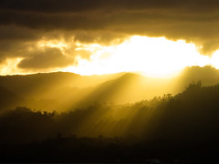 Sunset rays (aldian.silalahi) Tags: flow banda lava spices batu karaka naira neira kapal belanda bandaneira bandanaira