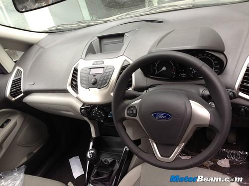 Ford-EcoSport-1.5-08