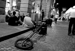 street art (Buskers FE) (Nico Govoni) Tags: life road city people bw music art artist live happiness buskers views soul acrobat ferrara