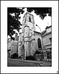 _8112802 (A. Jiménez) Tags: b bw france alex j mujer torre iglesia bn belmonte jimenez a châtellerault trayo
