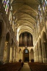 Cathédrale royale de Saint-Denis (dbaron) Tags: france geotagged îledefrance cathedral cathédrale iledefrance saintdenis seinesaintdenis geo:lat=48935503 geo:lon=2359975
