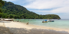Beach Panorama, Tenggul Island, Malaysia (Luke Robinson) Tags: panorama beach landscape coast asia honeymoon pano malaysia dropbox southchinasea terengganu dungun 2013 tanjungjara kualaterangganu
