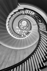 Heals Staircase (LeePellingPhotography.co.uk) Tags: road london court spiral mono staircase swirl tottenham heals banisterlights