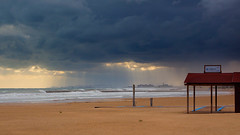 Playa de Pinedo -Valncia- -04- (monsalo) Tags: clouds mar lluvia mediterraneo explorer playa explore nubes tormenta boires pinedo explored monsalo