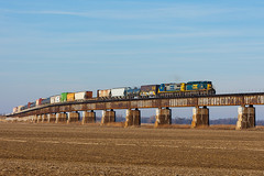 CSX 4002 Q597 Rahm IN 19 Jan 2014 (Train Chaser) Tags: csx sd403 csxq597 csxhendersonsub csxt4002