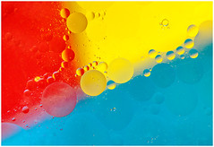 Red Yellow Blue (Heathcliffe2) Tags: blue red yellow bubbles oil