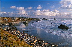 Bandon Beach, Oregon (Greg Vaughn) Tags: ocean travel houses vacation usa holiday seascape west beach rock horizontal oregon america landscape hotel coast us rocks scenic erosion driftwood coastal american western beaches pacificnorthwest geology bandon northwestern rockformations seastacks gregvaughn coquillepoint 23053919
