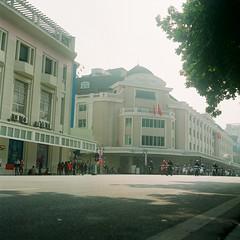 Trng Tin Plaza (A n h H u y) Tags: film mediumformat landscape 120film tessar hni rolleiflexautomat langthang 75mm35 fuji160ns k4b