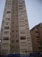 Plazas de garaje en venta en la Avenida Alfonso Puchades. Solicite más información a su inmobiliaria de confianza en Benidorm  www.inmobiliariabenidorm.com