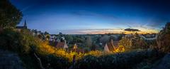 malmesbury aprs le coucher du soleil (Snaggy_) Tags: malmesbury panorama sunset bluehour streetlight