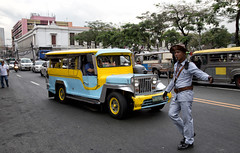 HL8A3937 (deepchi1) Tags: manilla phillippines asia pacific islands urban city jeepneys taxis jeeps traffic policemanpolice trafficcops