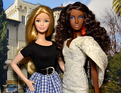 Snow White and Black Panther (Nadine Gomes) Tags: barbie dolls world france doll 2012 top model muse nikki nichelle hair wear 2007
