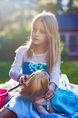 American Frozen Girl with her Doll (Teresa Ramella) Tags: girl littlegirl kid child outside doll americangirldoll frozendress dressup portrait