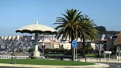 El Paraguas,O Burgo. (slater665) Tags: paraguas monumentos piedras coruña galicia rias