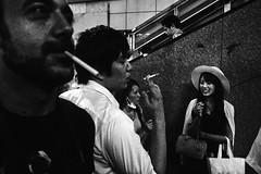 喫煙エリア (Smoking Area) (Bananocrate - バナノクラテ) Tags: 喫煙エリア 東京 tokyo smoking area street fujifilm xpro1 新宿区 shinjuku