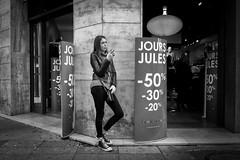 Jours Jules... (YVON B) Tags: people portrait xpro2 shop street girl monochrome candide