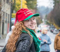 Shade's of Red. (Omygodtom) Tags: macysdayparade2016pdx portrait smile parade red beauty hoochie happy outdoors pdx portland oregon nikon d7100 18105lens kitlens wow digital