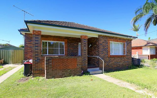 3 Macauley Av, Bankstown NSW 2200