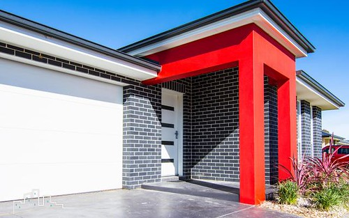 3 Molloy Drive, Orange NSW 2800