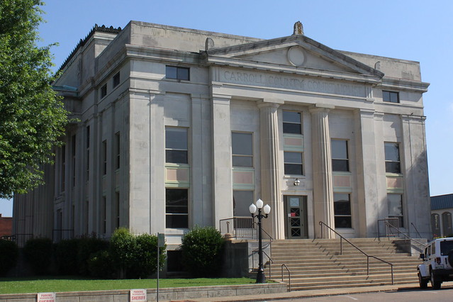 Carroll County Courthouse South Side View - Huntingdon, TN