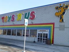 Toys R Us in Toledo, Ohio (Nicholas Eckhart) Tags: road alexis ohio retail mall square toys centre north lakeside toledo stores toysrus towne 2013