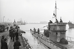 "U-Boat • <a style=""font-size:0.8em;"" href=""http://www.flickr.com/photos/81723459@N04/9176078801/"" target=""_blank"">View on Flickr</a>"