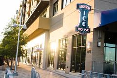 Addison Ice House (DEARTH !) Tags: architecture bar restaurant texas unitedstates culture lifestyle fiori addison icehouse dearth udr vitruvianpark