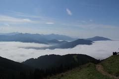 IMG_7256 (Bernfried) Tags: berg nebel bad kohlgrub sonnenstrahlen weg mystisch wanderweg hrnle vision:mountain=0812 vision:outdoor=099 vision:ocean=0776 vision:sky=0979 vision:clouds=0974 vision:car=067